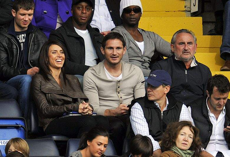 Lampard Admits Asking His Wife For Man Management Tips As A Chelsea Coach Chelsea Core